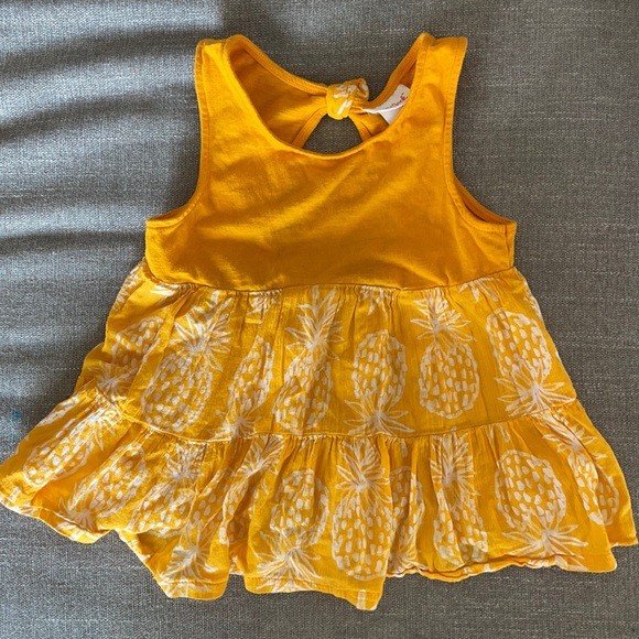 Cat & Jack toddler yellow pineapple top Size 5T